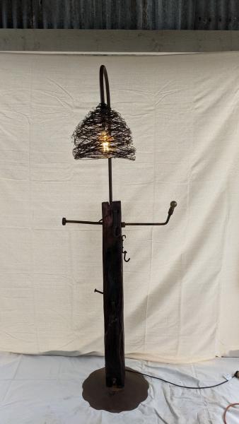 Hat-and-Umbella-Stand-Lamp-1