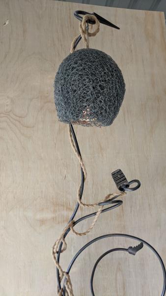 Hide-and-Seek-Lamp-2