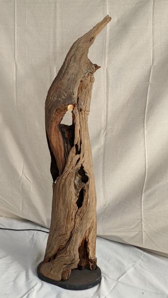 Hollow-Trunk-Lamp-1