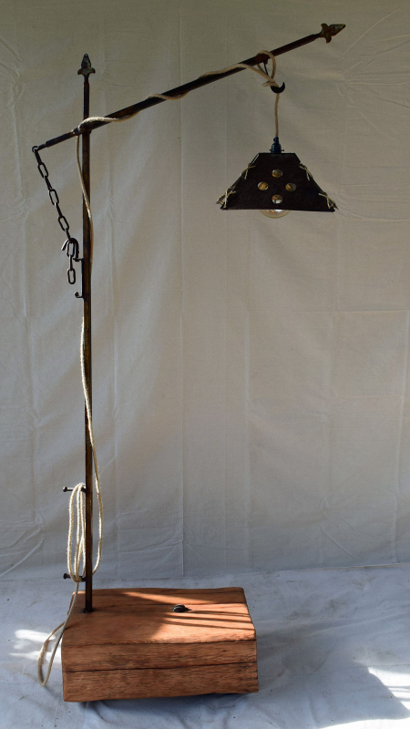 Pine-Slab-Lamp-1